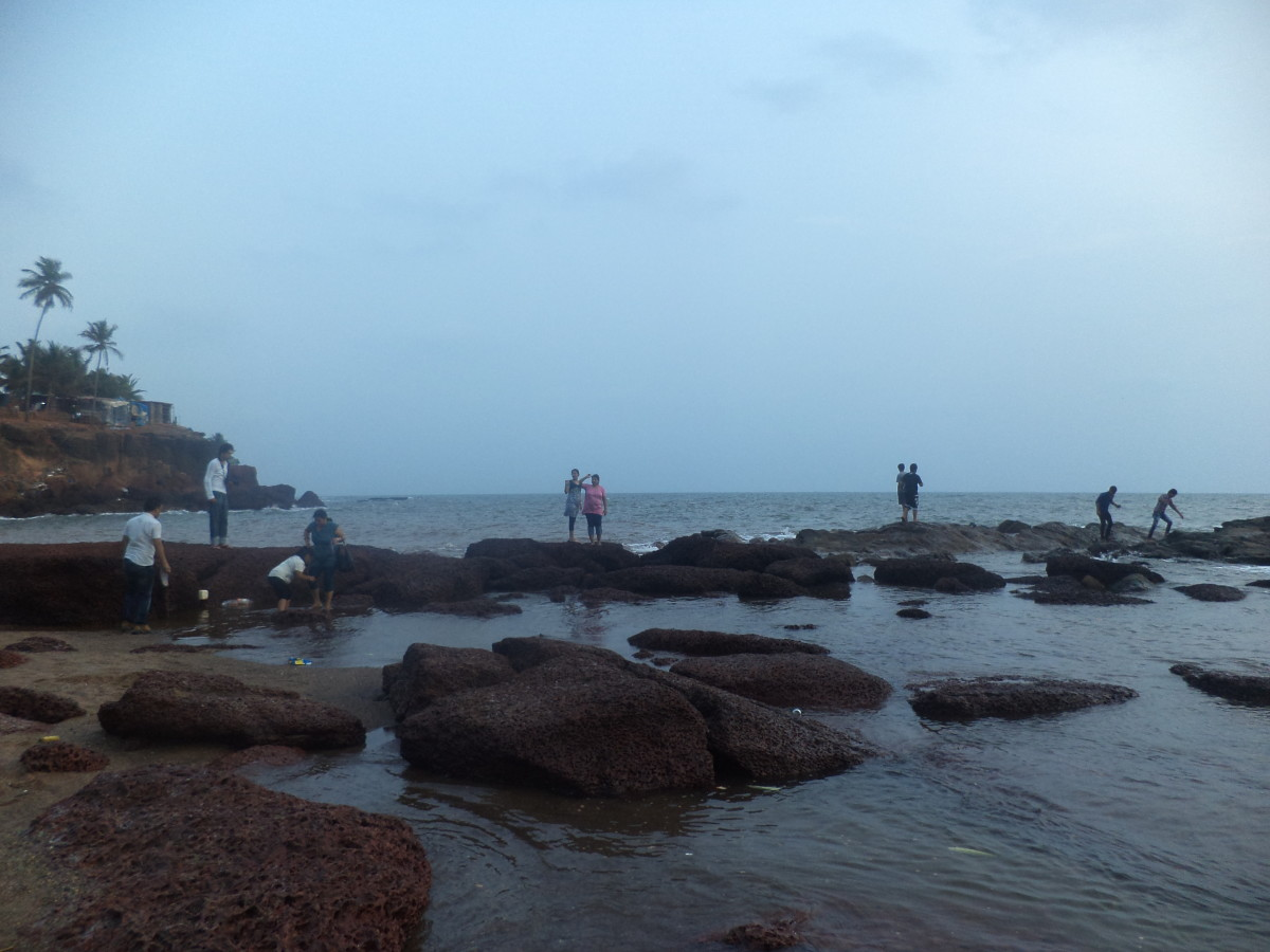 Anjuna beach is a type of rocky mountain beach and the view is awesome here. No altu faltu people.