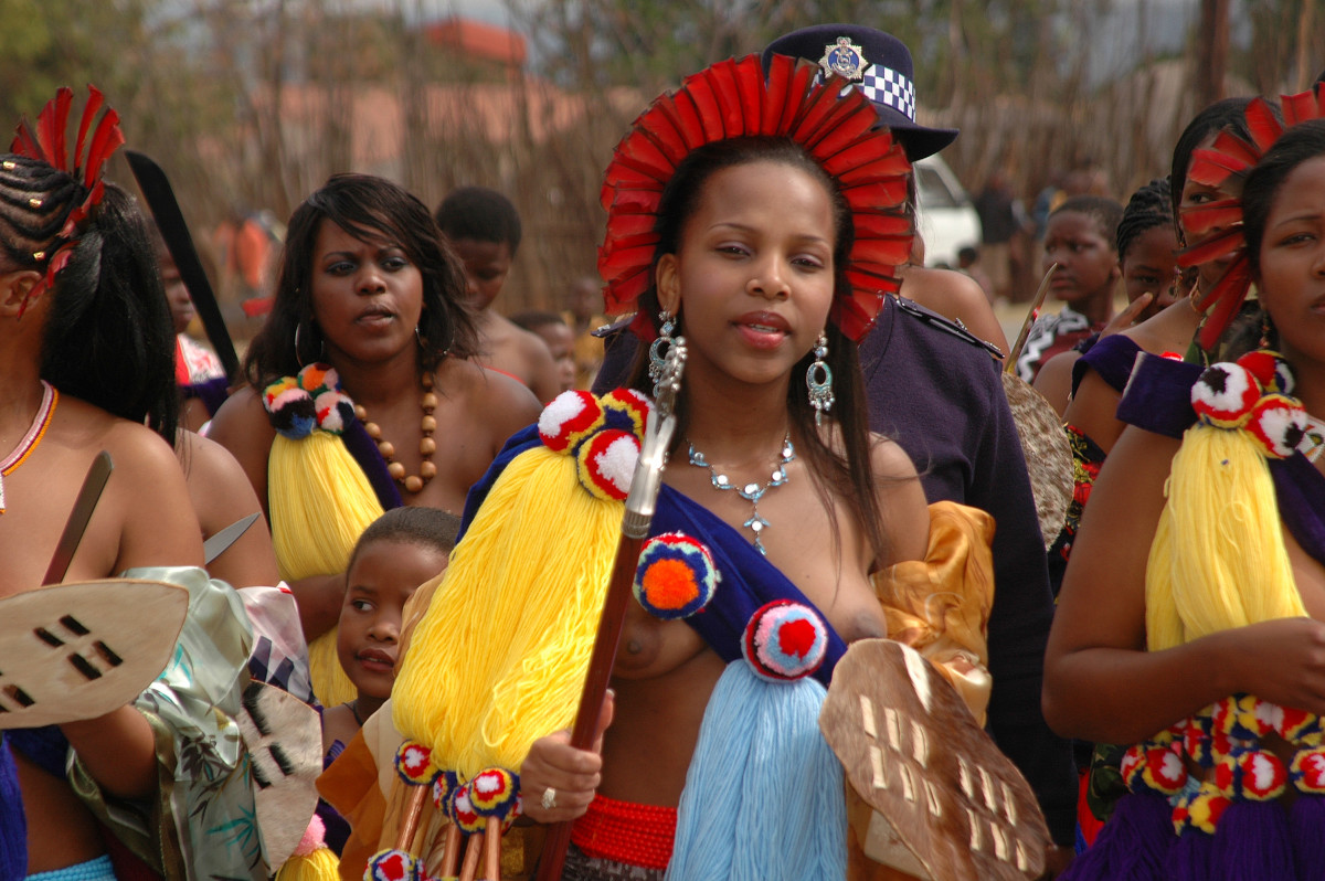 Zulu Swazi Princess and her maidens