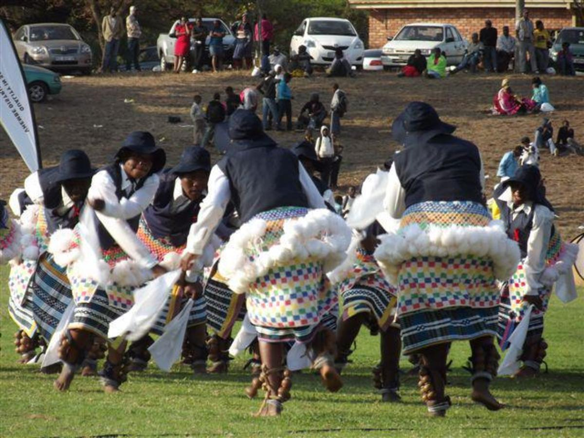 Venda Traditional dancers and singers/performers in traditional garb