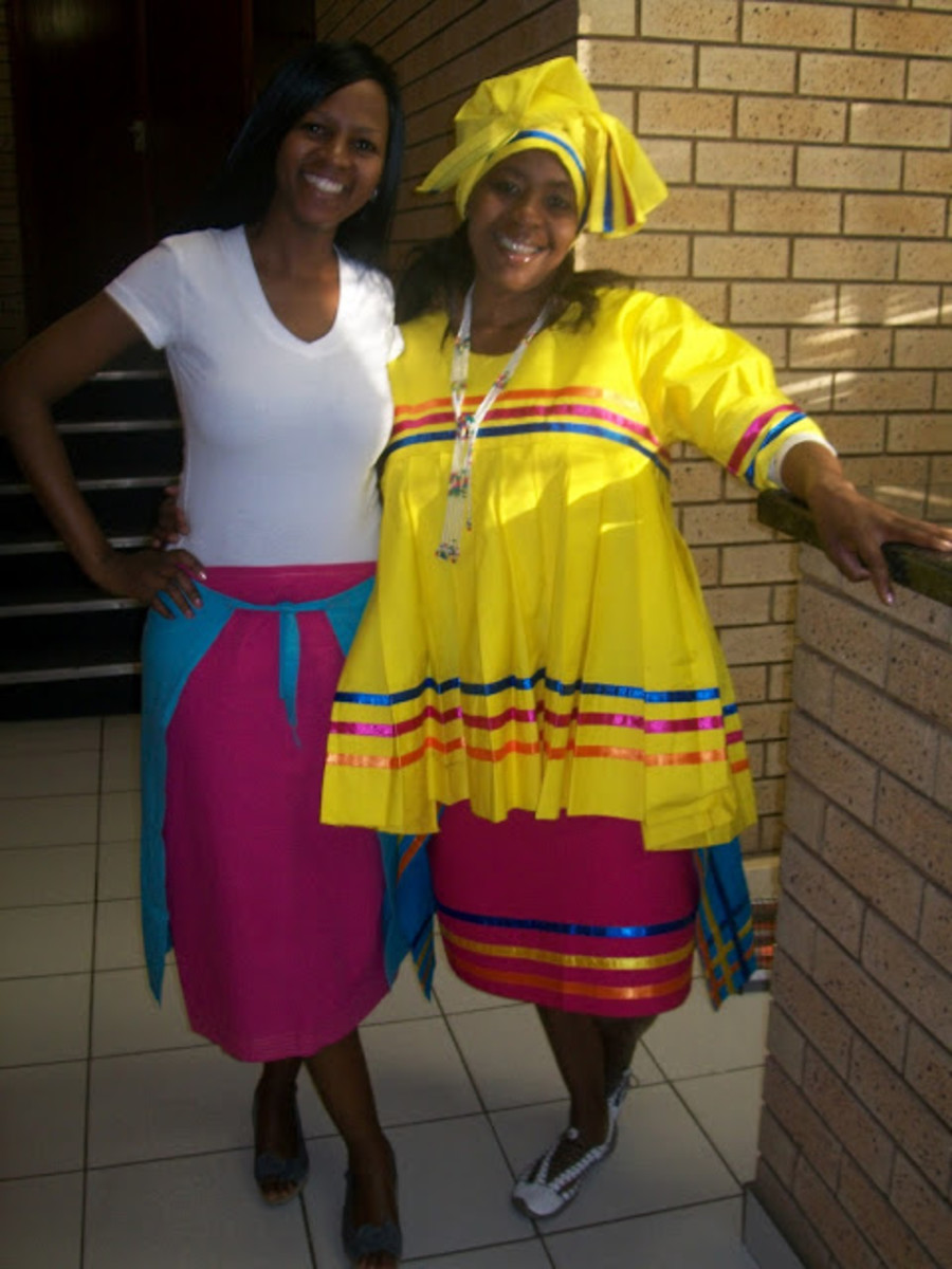 Modernly dressed Bapedi women in their cultural dress. Sepedi is also sometimes referred to as Sesotho sa Laboa or Northern Sotho. The language of Sepedi is spoken by approximately 4,208,980 individuals and it is one of the eleven official languages