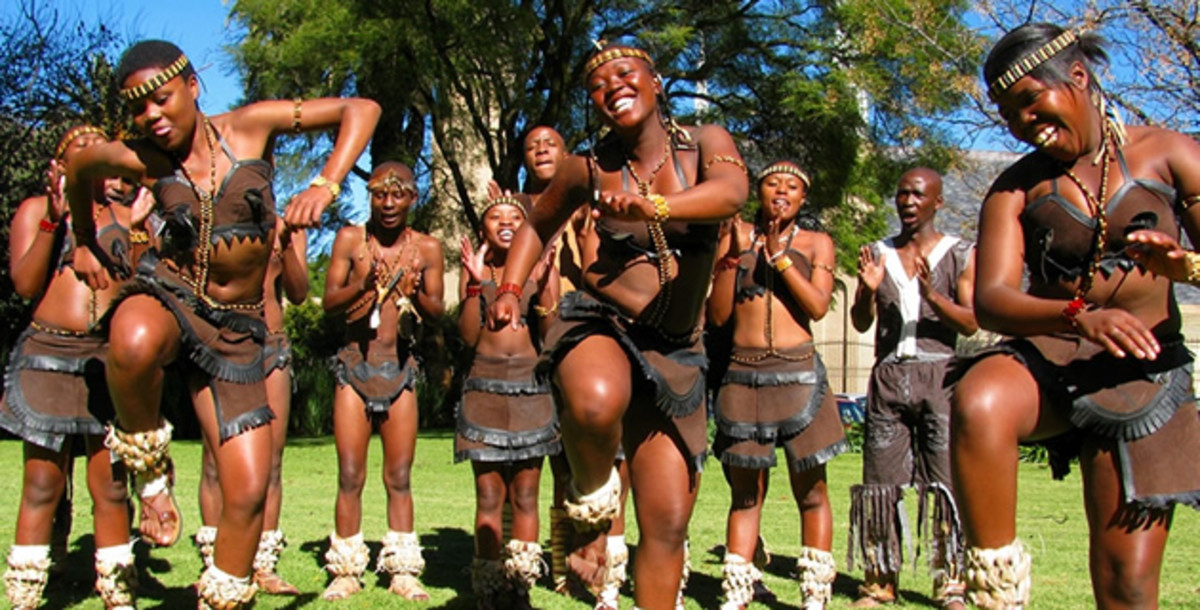 Tswana girls dancing their traditional dance