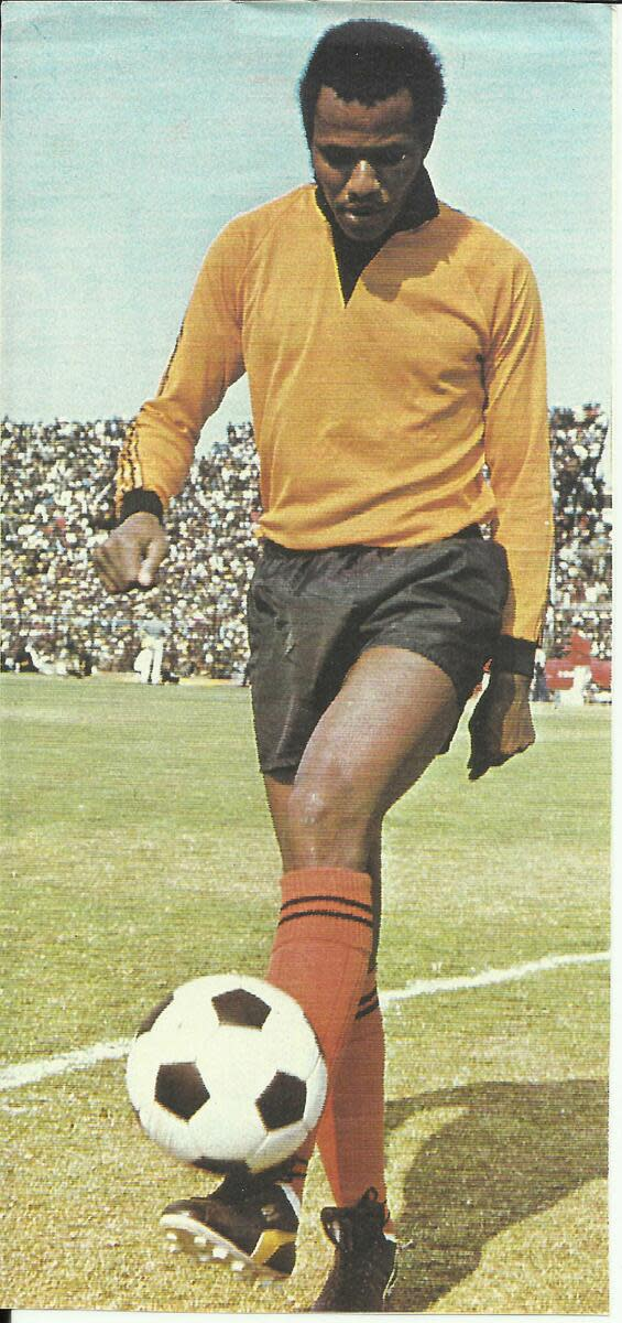 "Kaizer ""Chincha Guluva"" Motaung - Adorning his early Chiefs Skipper after he left Orlando Pirates, and formed Chiefs, along with Ewert Nene, who was subsequently killed for recruiting Teenage Dladla, and in the end Teenage became Chief's Mega-super S"