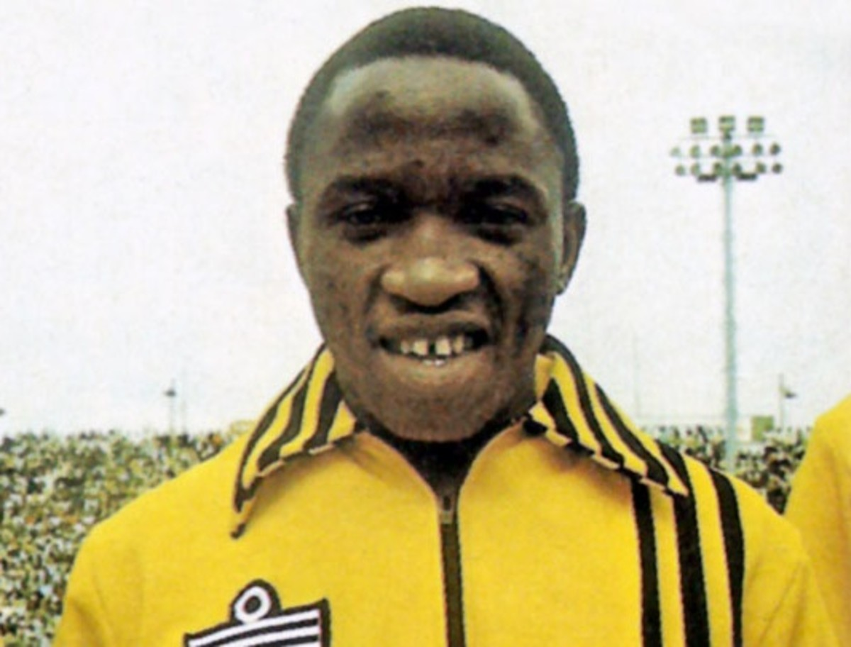 """Computer Lamola-Played for Kaizer Chiefs Midgfield since1971-1981.."