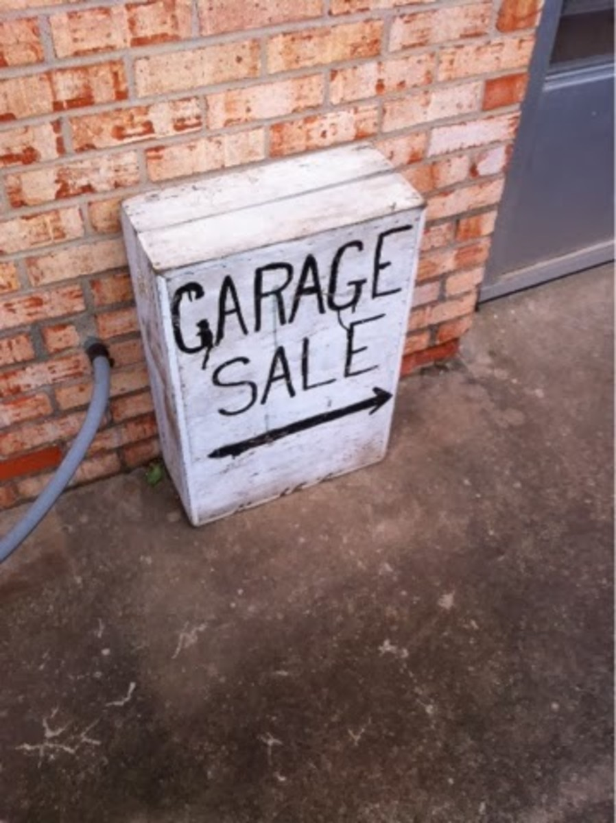 Another way to find garage sales is just to take a stroll around your neighborhood or area and look for signs on Fridays, Saturdays and Sundays.