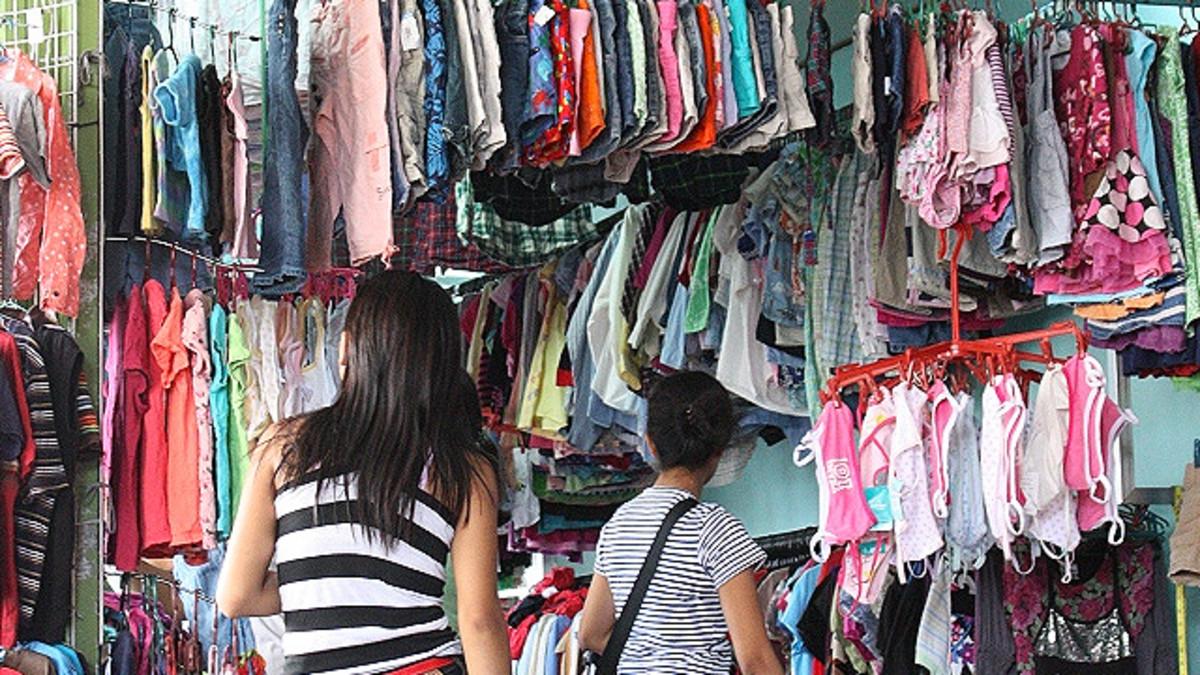 Ukay-ukay shop.