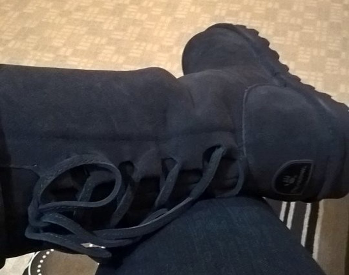 Product Review: Bearpaw Phylly Boots