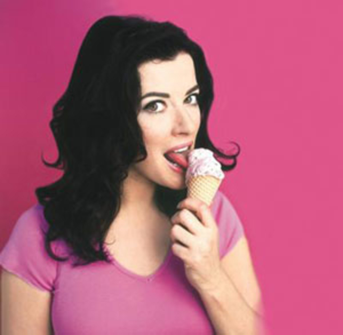Nigella and an Ice Cream - Yummy!