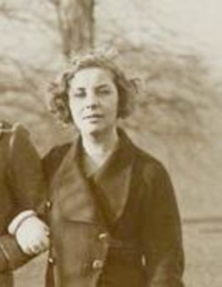 the-amazing-mitford-sisters--genius-and-dysfunction
