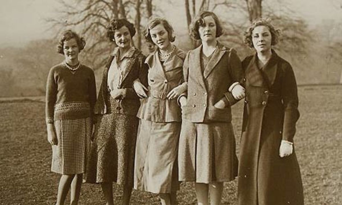 Not to be trifled with. (l to r) Jessica, Nancy, Diana, Unity and Pamela Mitford, pictured in 1935.