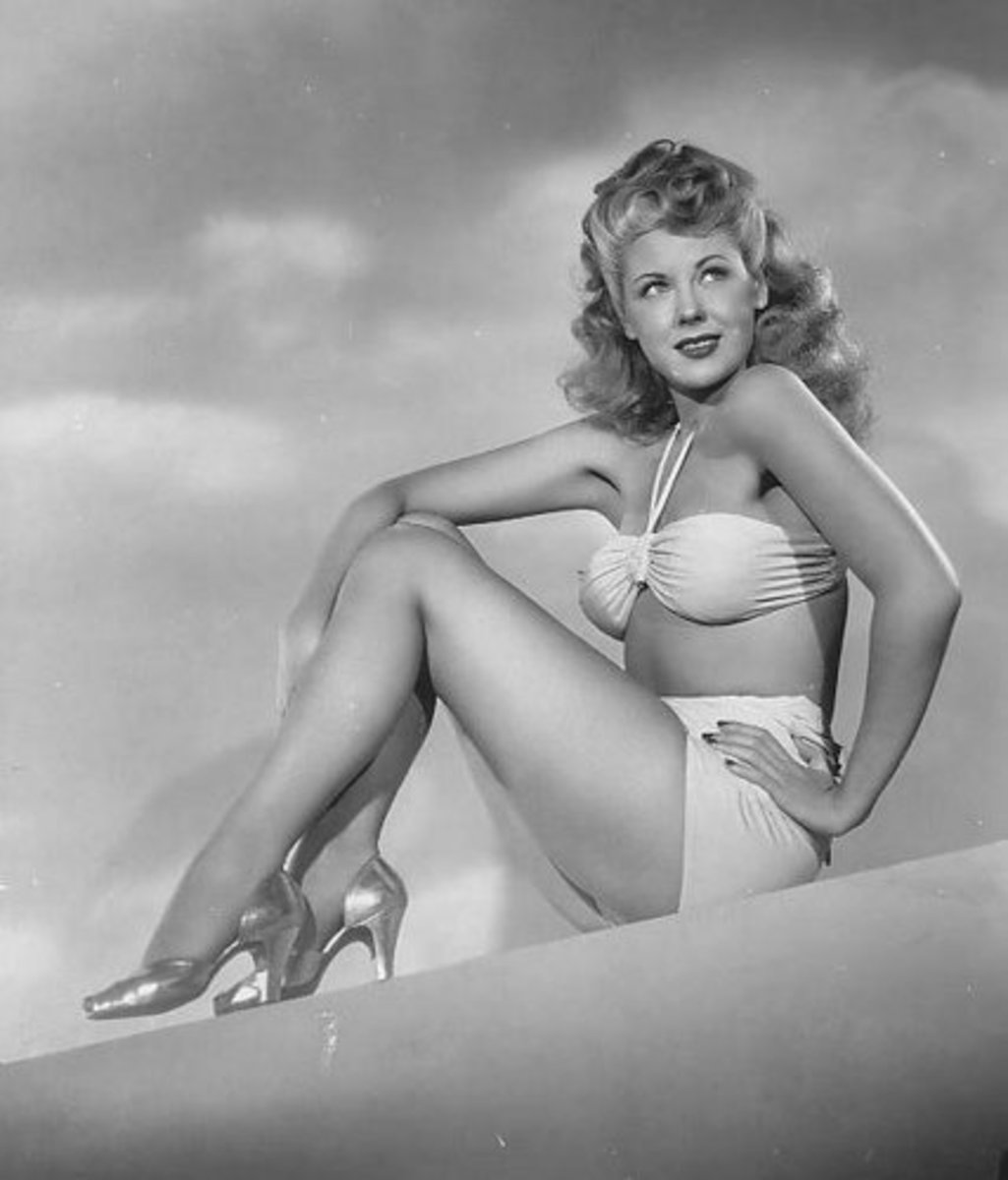 Famous Hollywood Pin Up Girls of The 1940s and 1950's