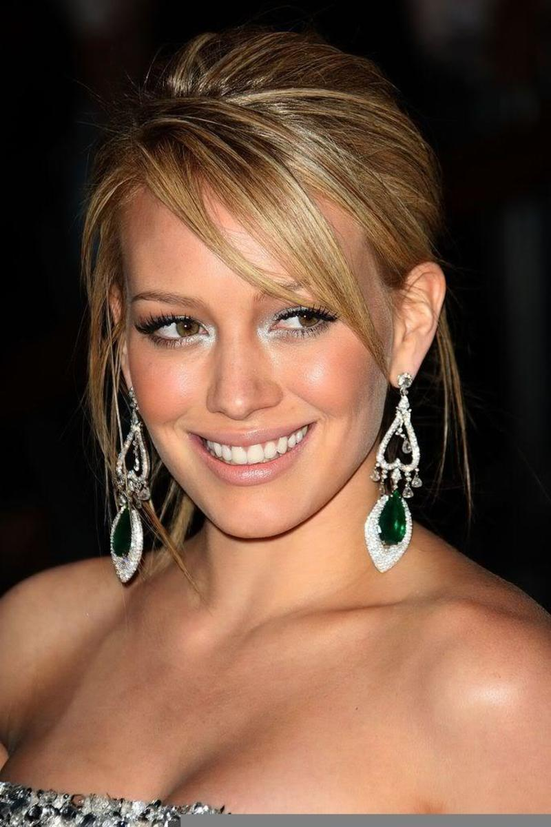 Hairstyle for thin hair with short layers.