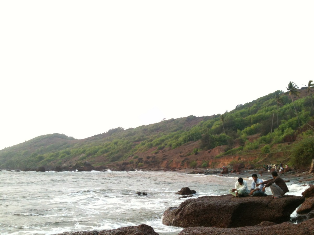 The scenic beauty of Anjuna Beach cannot be defined through the photographs but can only be admired seeing it through your own eyes.