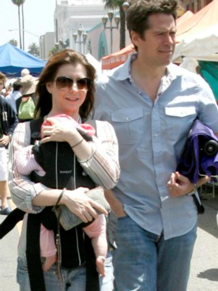 Alyson Hannigan wearing Satyana Denisof.
