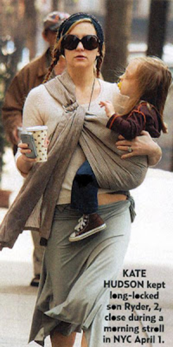 Kate Hudson saving money with a homemade sling to hold her son Ryder.