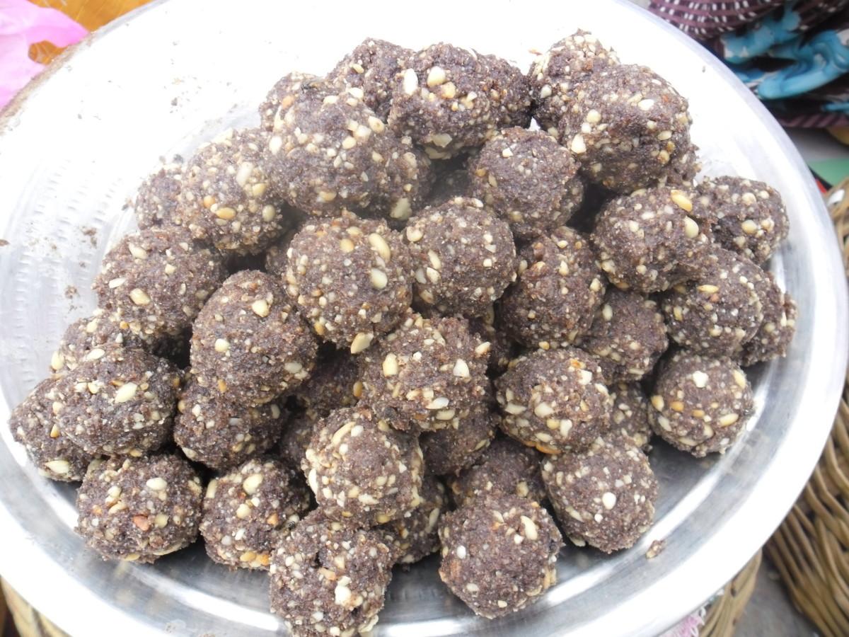 black sesame balls