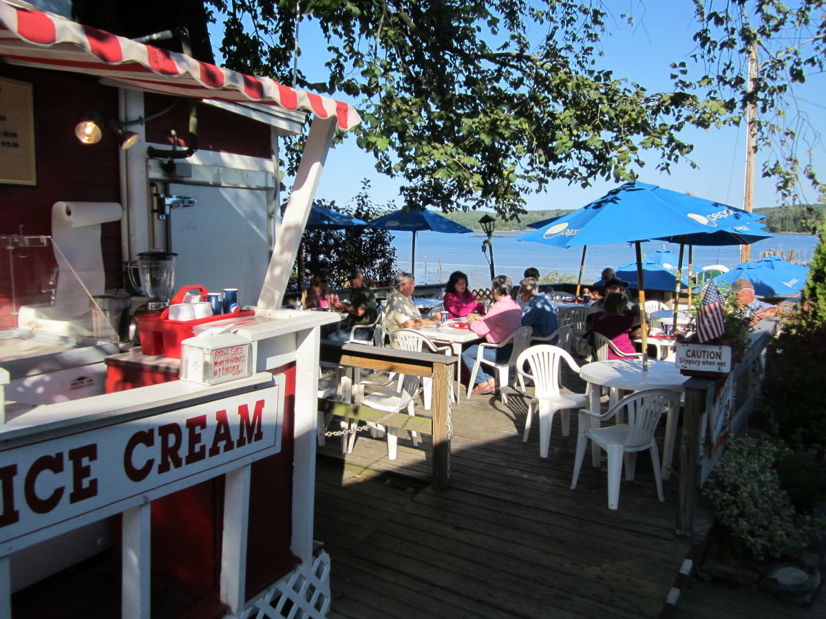 Red's Eats dining deck with view of the Sheepscot River in the distance.