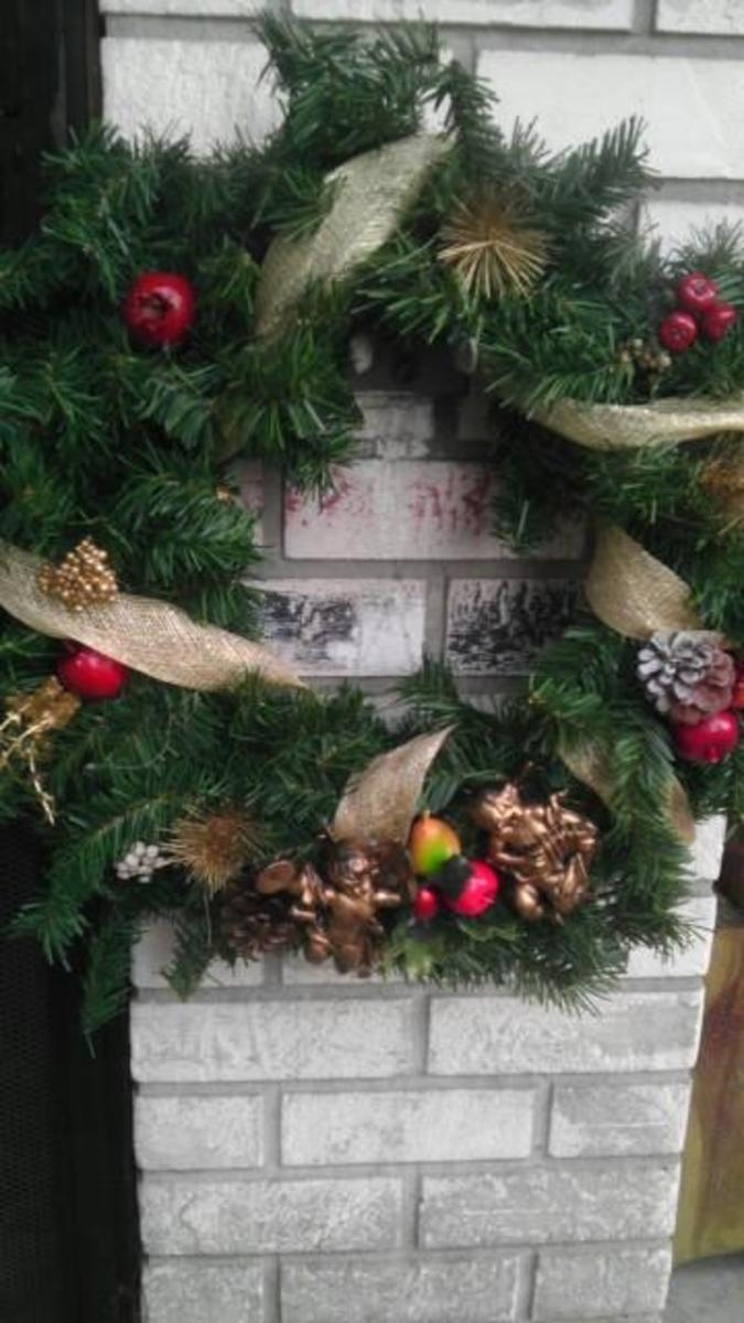 christmas-decorations-on-a-budget