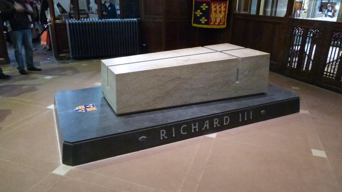 king-richard-iii-in-the-carpark