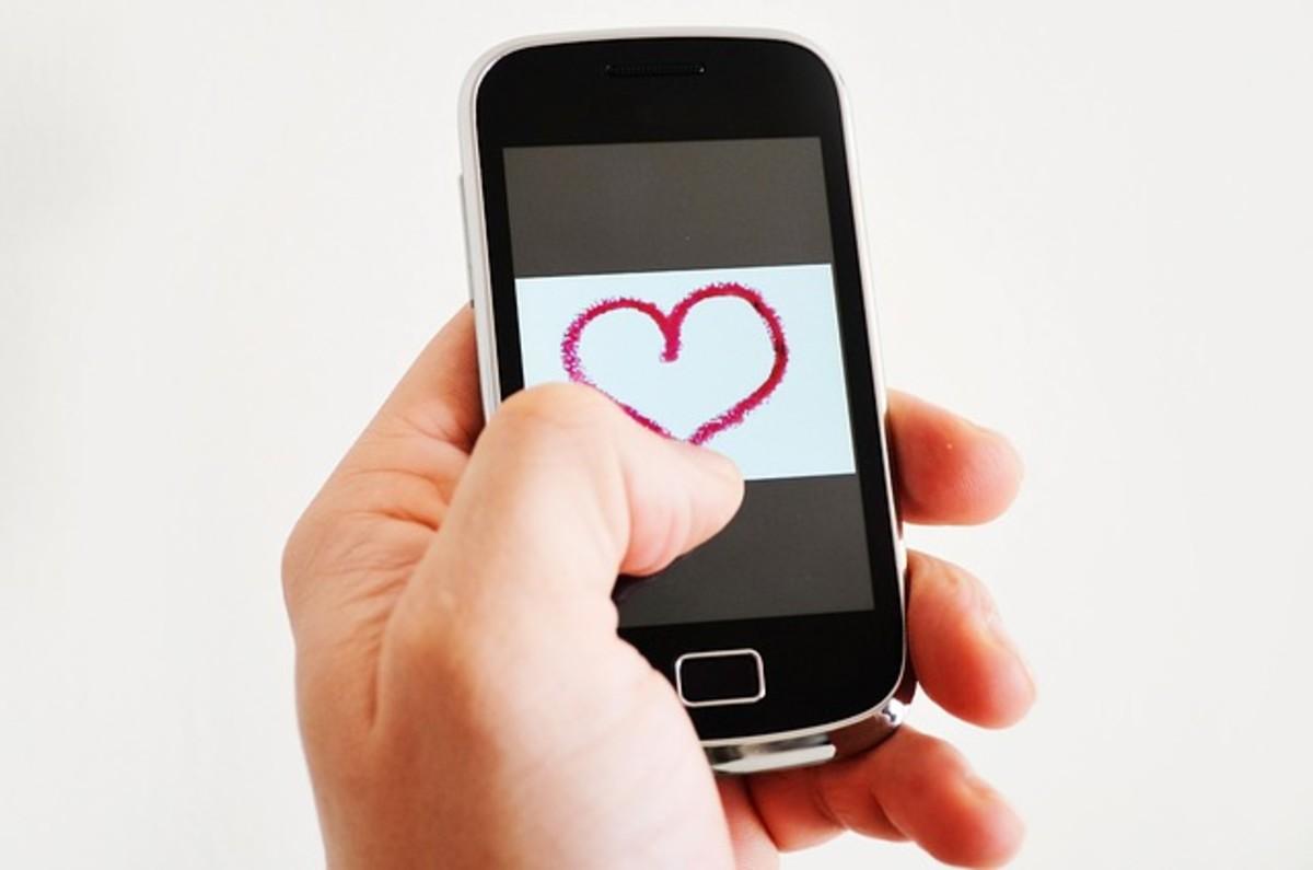 Valentine on Cellphone