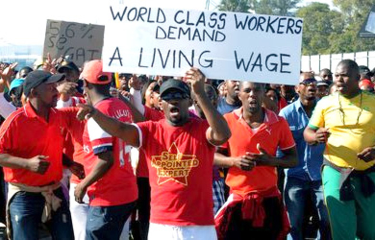 Worker's Class Protesting