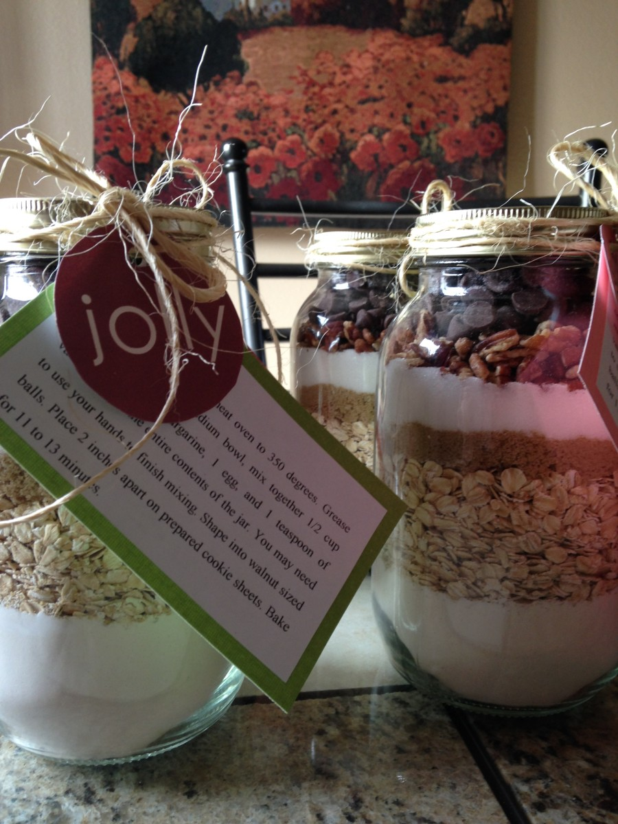 You can gift ready made desserts or dessert mixes in mason jars.