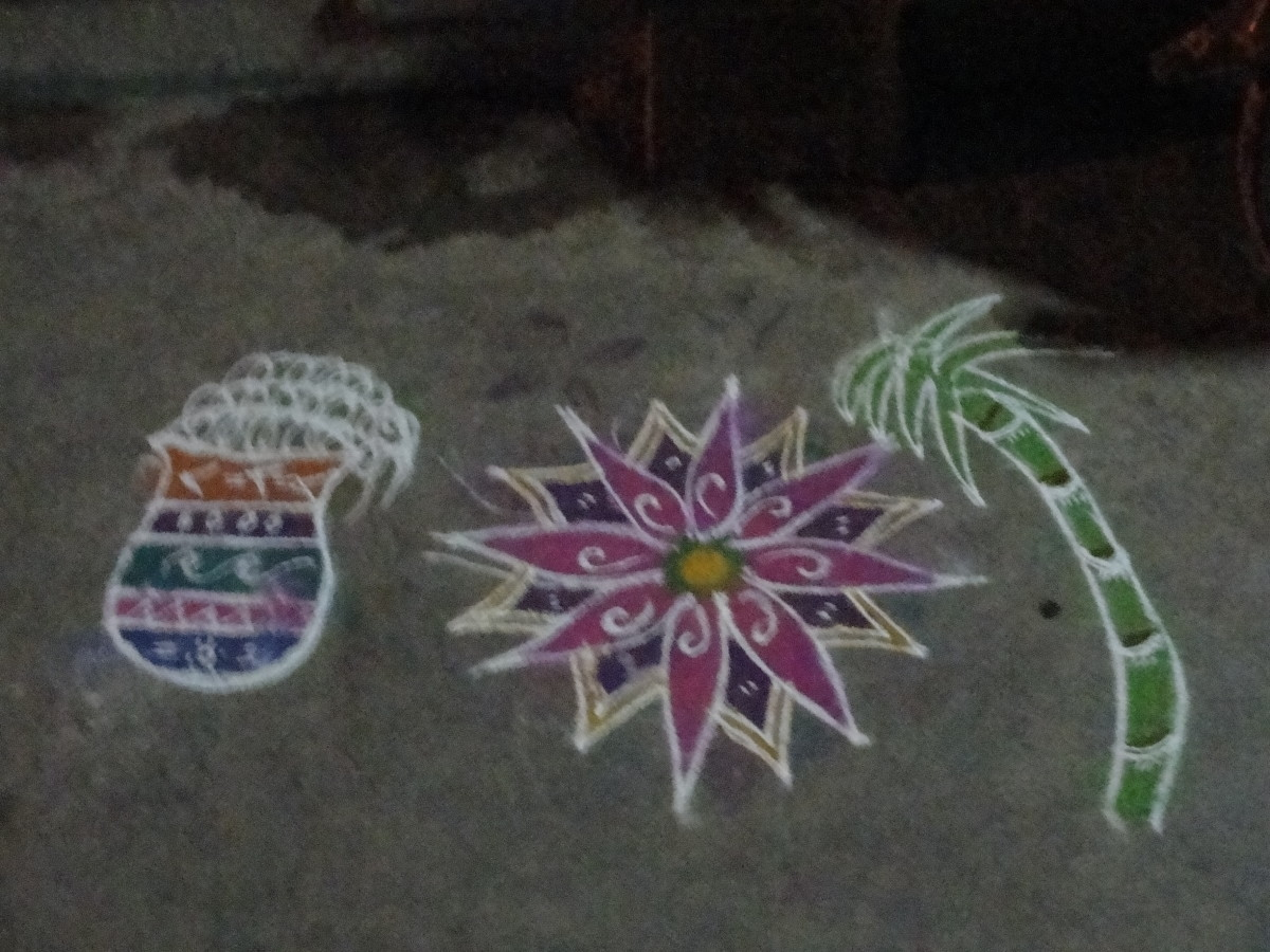 Kolam drawn in front of the house