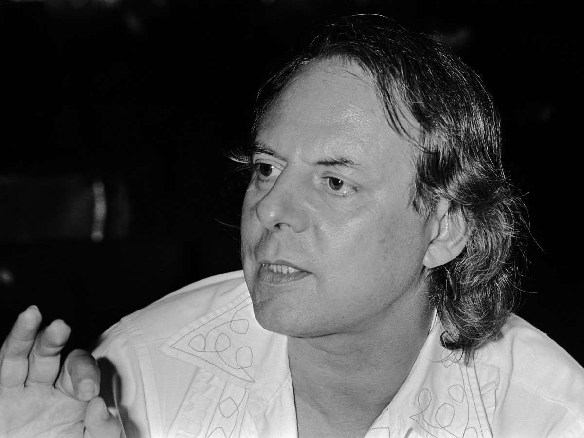Stockhausen rehearsing Michaels Heimkehr 12 June 1980.