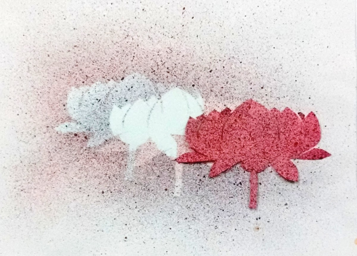 8 Useful Tricks to Create Amazing Toothbrush Spray Paintings.