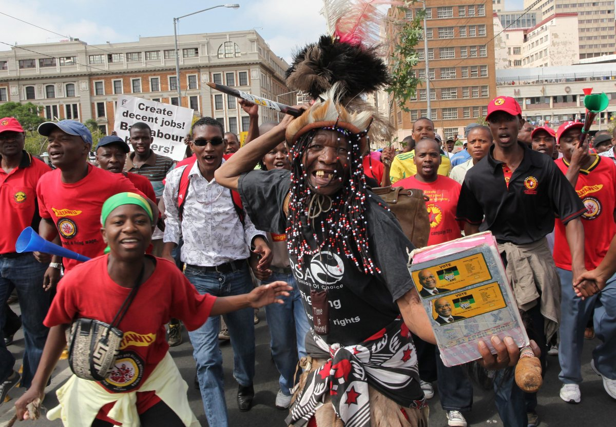 South Africa hit by one-day labor strikes -  March 2012