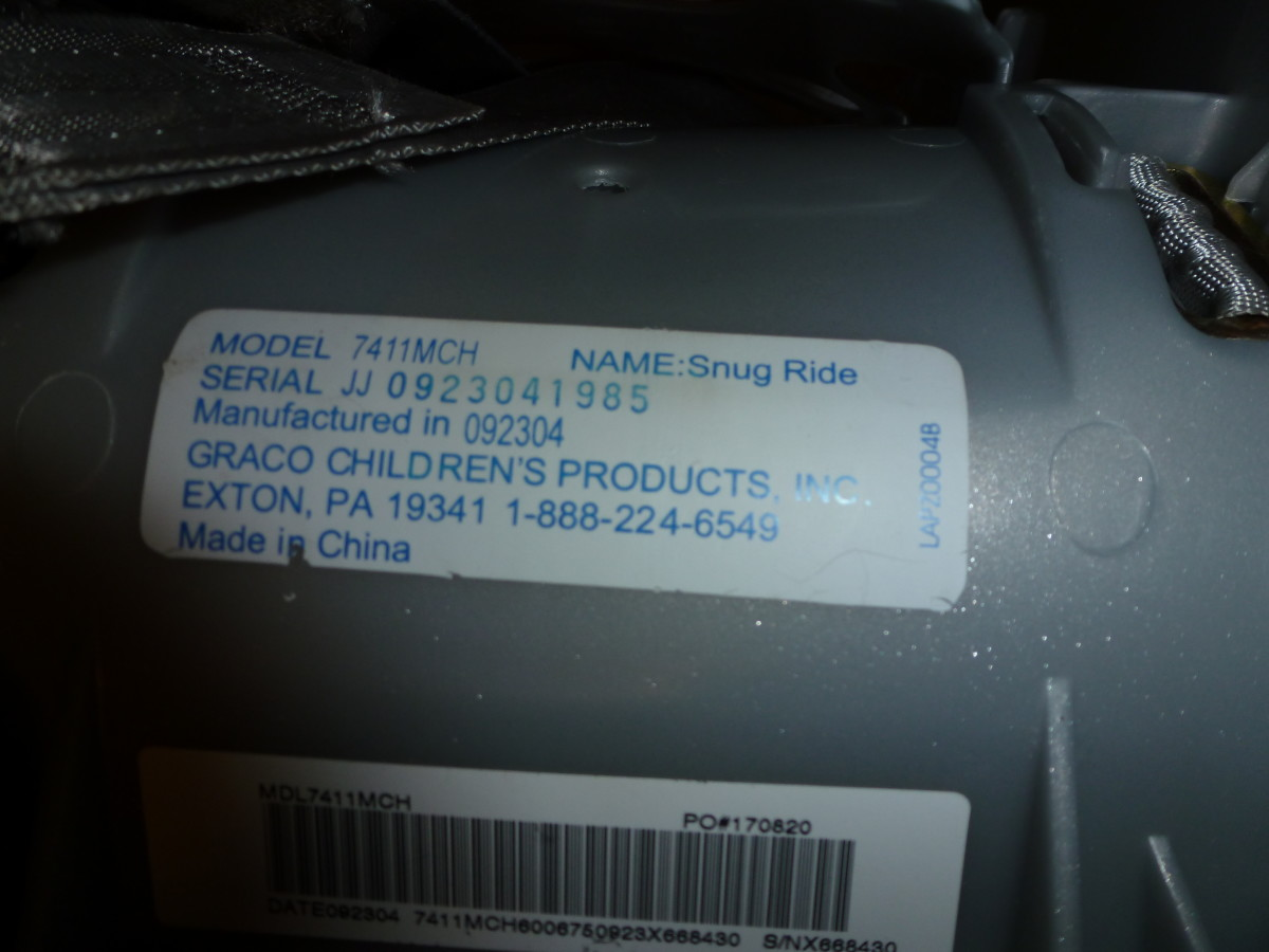 The date of manufacture on this car seat is listed as 092304, or September 23, 2004. Click to enlarge.