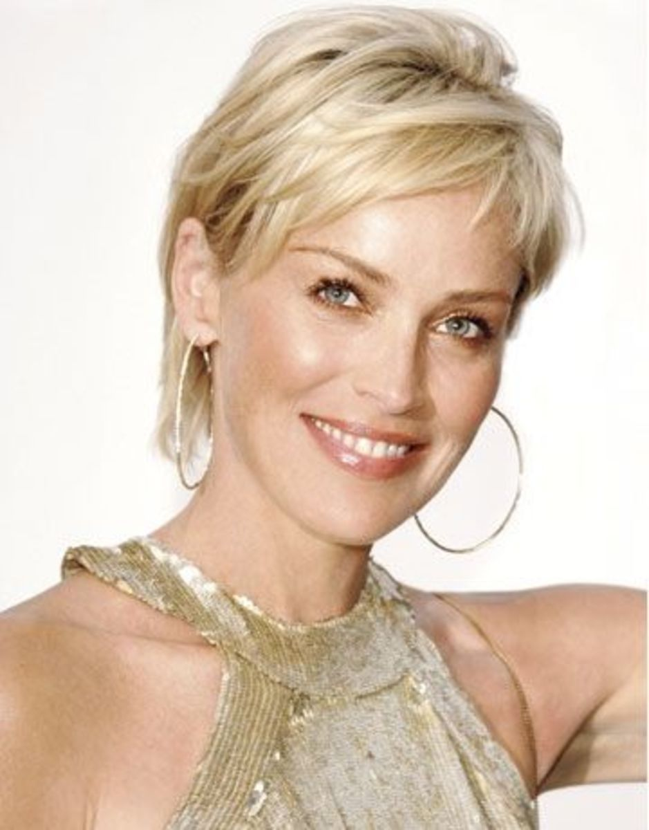 Sharon Stone has a heart shaped face. As a rule she chooses very simple classic hairstyles. Most short, simple and sexy...