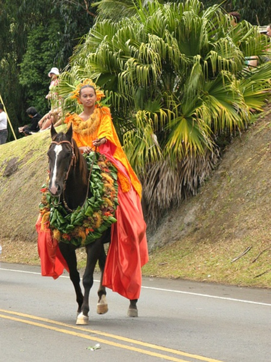 Pa'u Rider Representing the Island of Lana'i