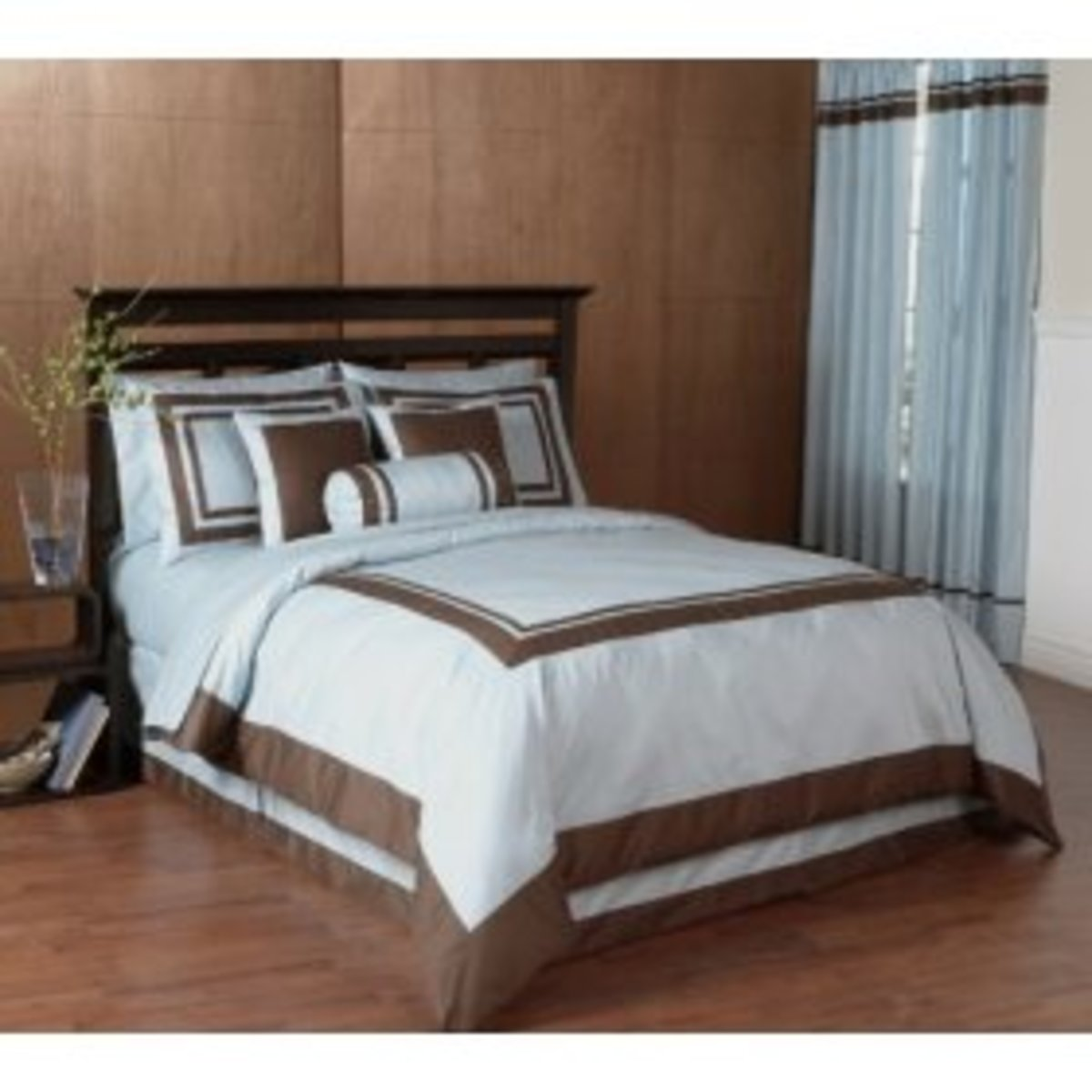 blue and chocolate bedding