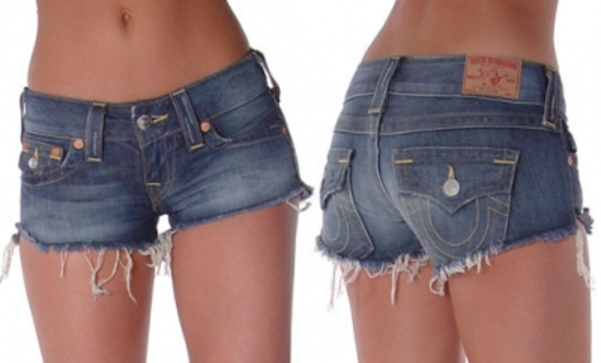 Womens True Religion shorts for women are absolutely to die for. These frayed shorts are perfect for a day at the beach or a concert at the park.