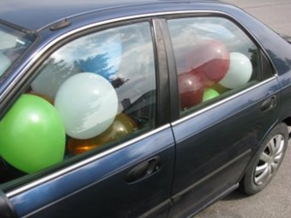 Balloon Filled Car