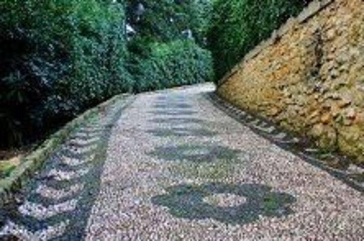 pebble-mosaic-garden-art-path