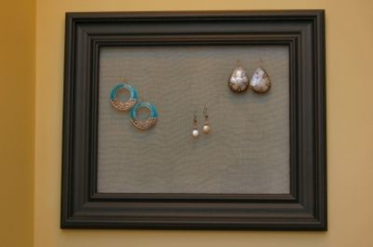A gift custom made to match a friends bedroom décor.