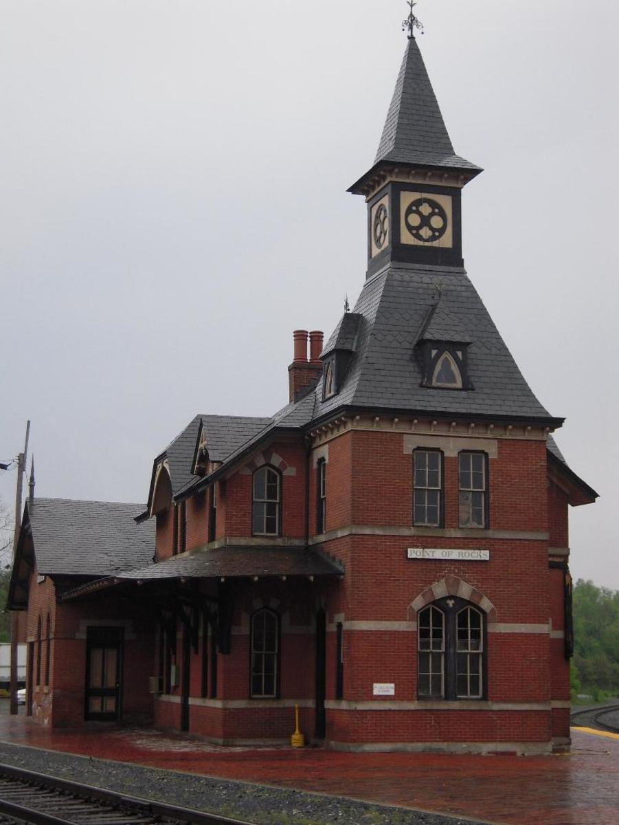 Picture of the Actual Point of Rocks Trains Station