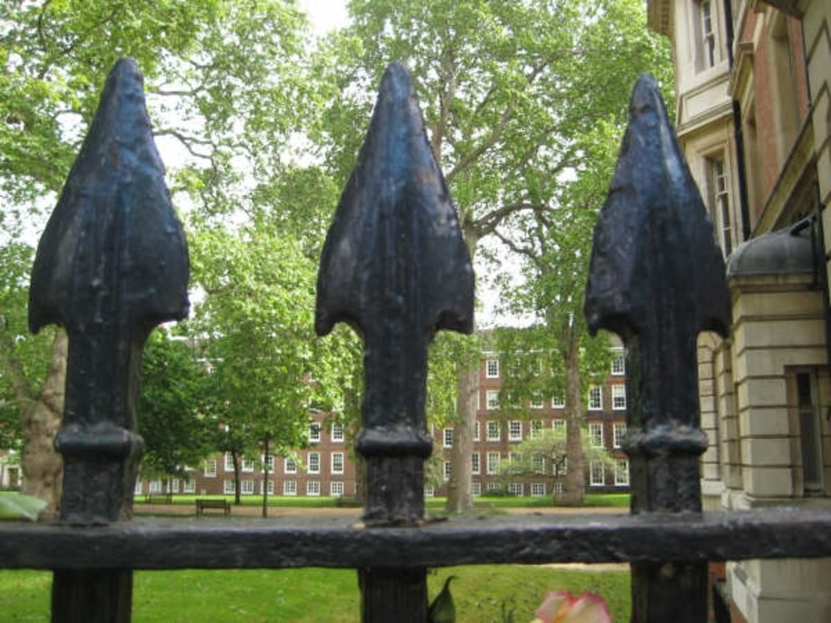 Gray's Inn Gardens (c) LondonGirl
