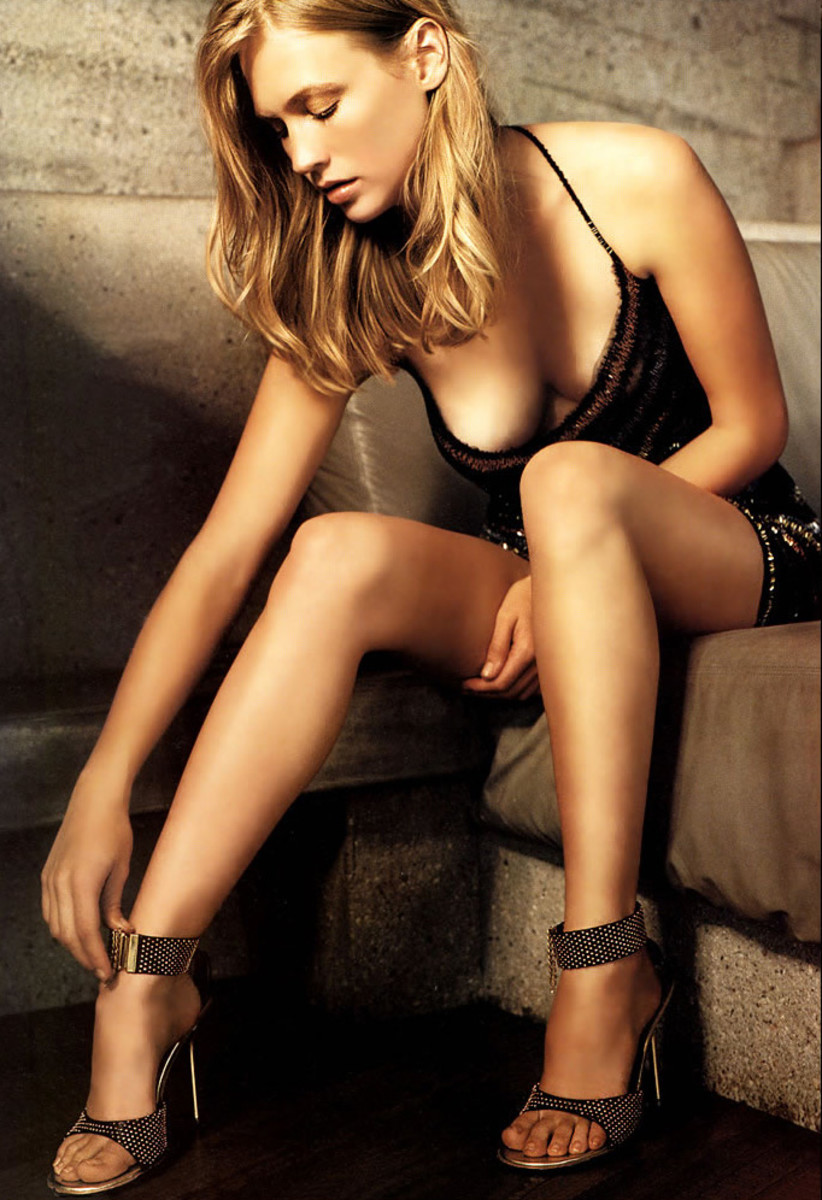 January Jones hot photo