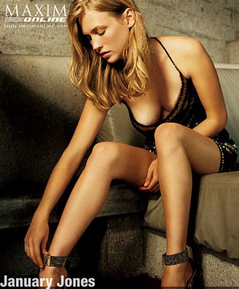January Jones Maxim pic #1