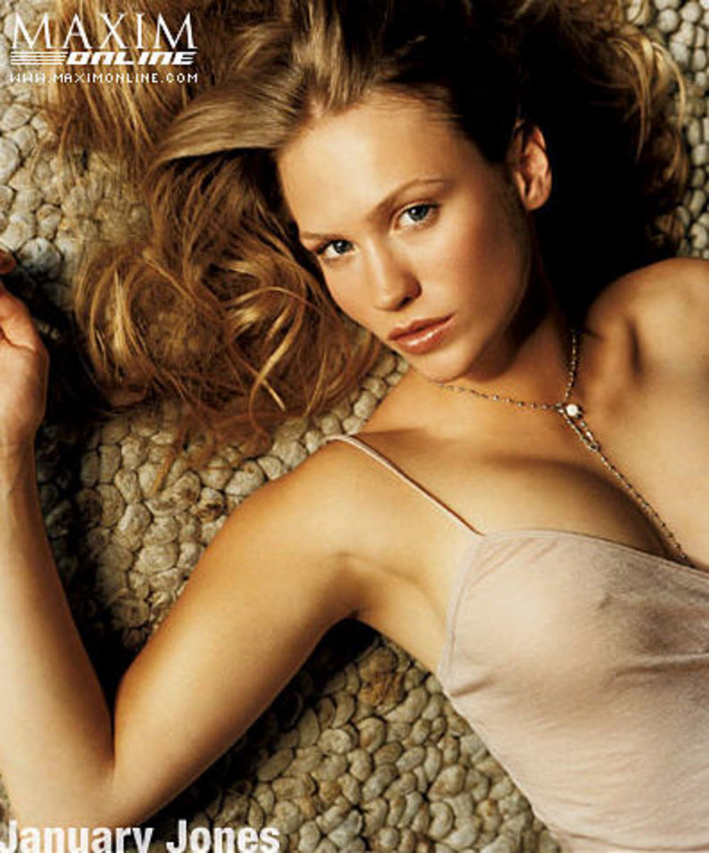 January Jones Maxim pic #2
