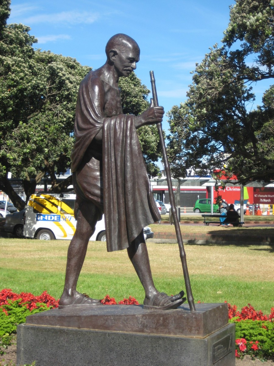 Side view of the Gandhi statue, Wellington
