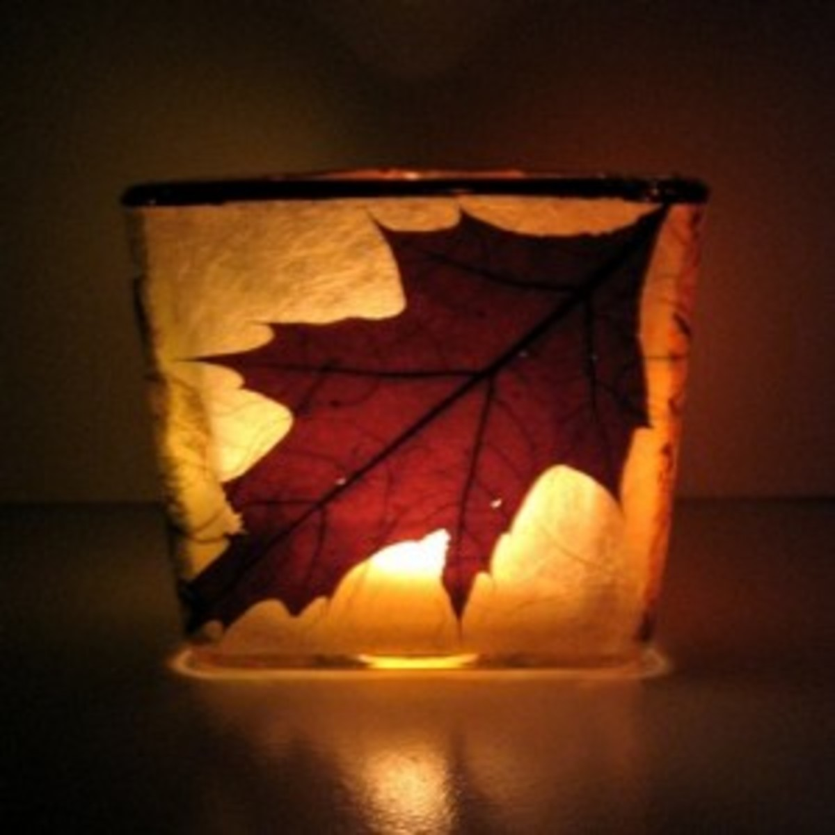 Leaf luminary