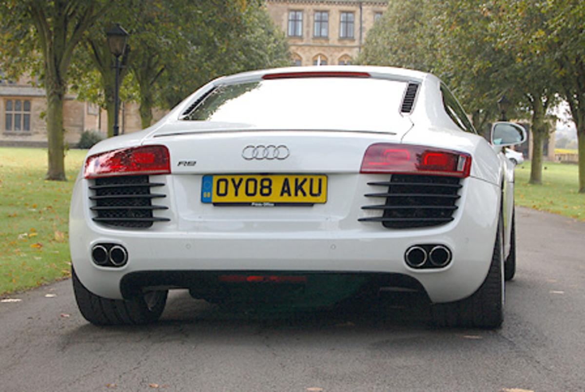 Audi R8 - 187mph