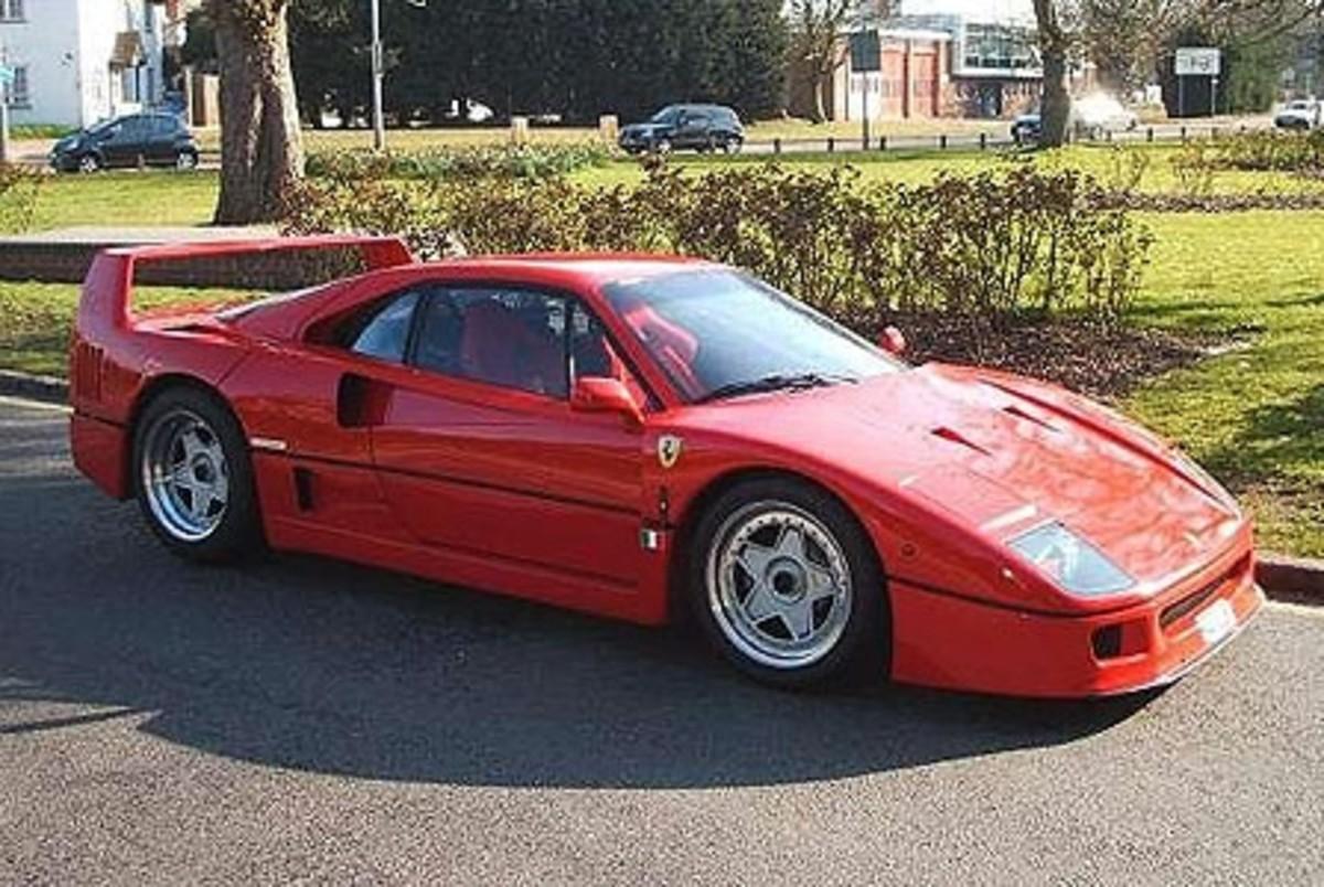 Ferrari F40 - 201mph