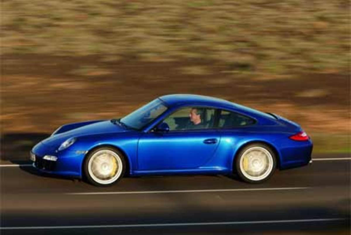 Porsche 911 Carrera 4s - 185mph