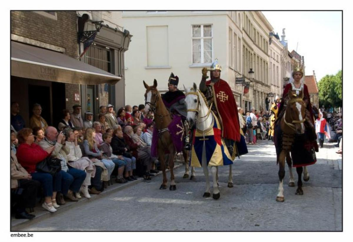 The Count of Flanders, Thierry of Alsace, and his wife Sybilla of Anjou, in the Procession of the Holy Blood, 2009