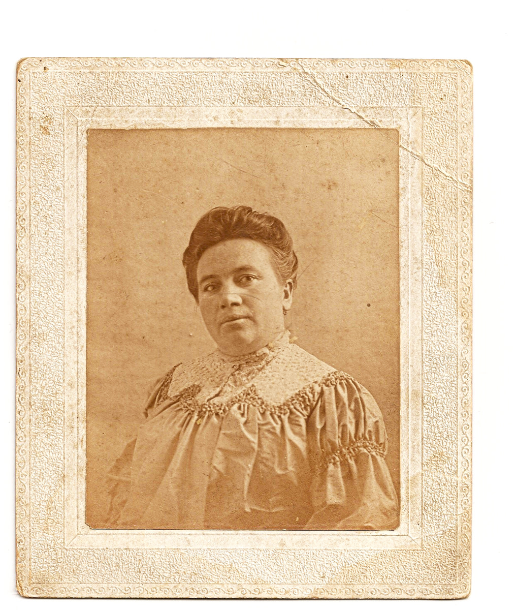 A German Immigrant circa 1904 - my great grandmother