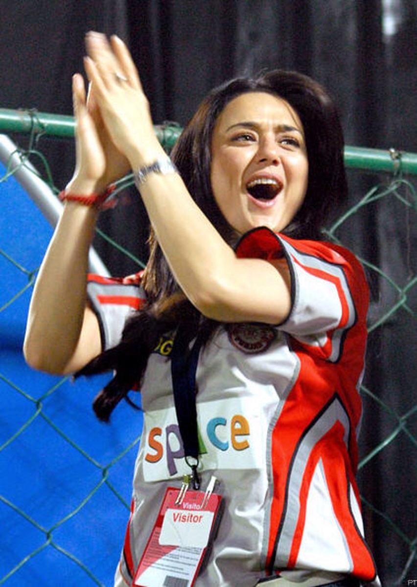 Priety Zinta cheering